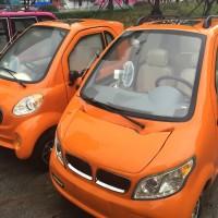 Micro Cars – Die Zwillinge